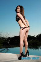 Lindsey Strutt 03