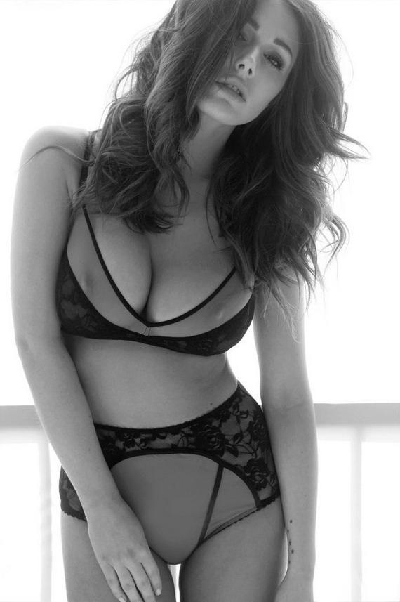 Lucy Pinder má mega výstrih #Sex